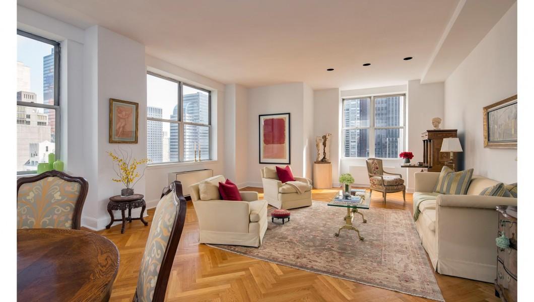 Ritz Tower, 465 Park Avenue, Apt. 22E, New York Living Room